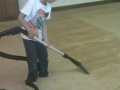 rssc-members-cleaning-the-gurdwara-carpet-12